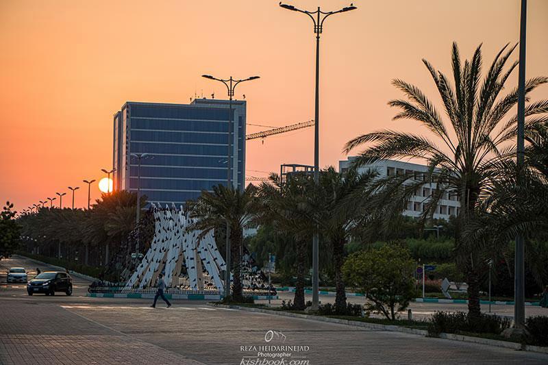 میدان ساحل کیش