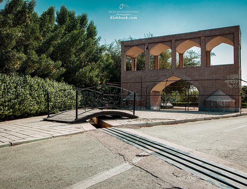 دروازه سی و سه پل اصفهان