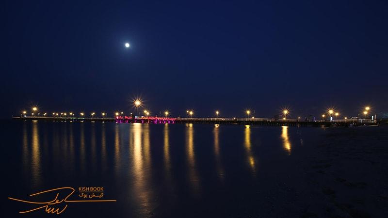 سواحل کیش در شب