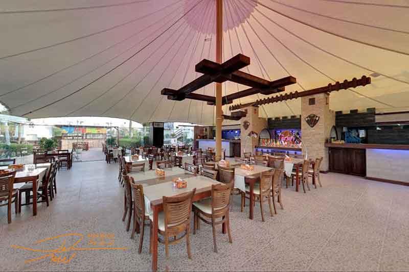 رستوران ساحلی توتی فروتی