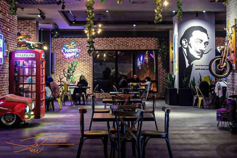 کافه رستوران بوم لانژ جزیره کیش